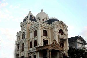 lục bình bê tông xi măng gắn liền kiến trúc cổ điển