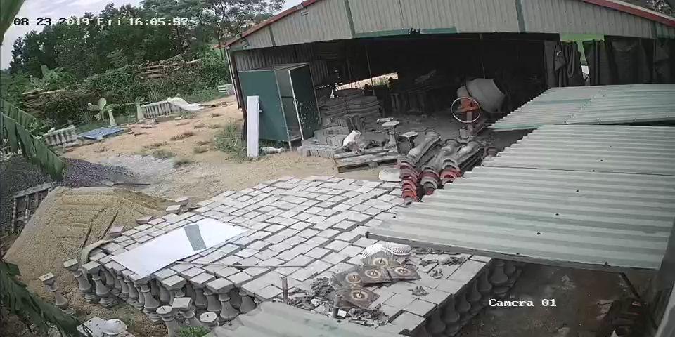 Sản xuất con tiện bê tông