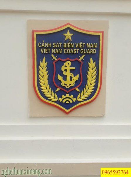 Hoa văn xi măng logo cảnh sát biển